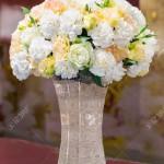 Какие цветы преподносят на годовщину бракосочетания?