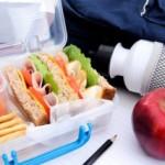 Как правильно питаться во время путешествий?