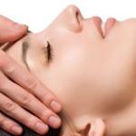 Неоценимая польза от рядовой процедуры массажа лица