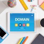 Как происходит смена регистратора домена?